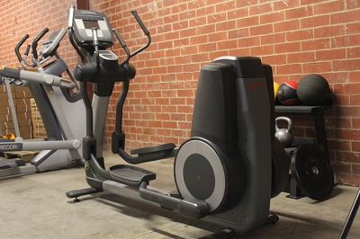 Life Fitness 95x Inspire Series Elliptical - Used