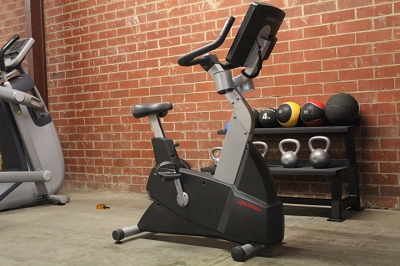 Life Fitness CLSC Integrity Series Upright Bike - Used