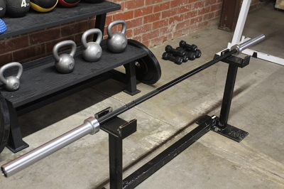 Rugged Omega  45 lbs Barbell