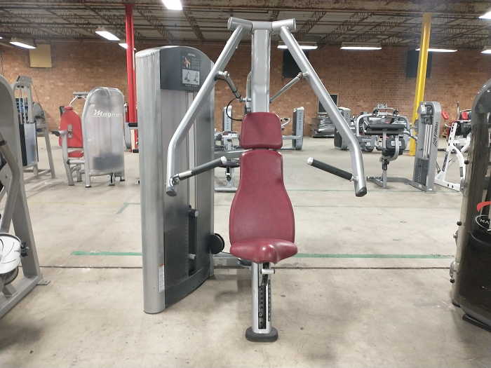 Life Fitness Chest Press Machine - Used