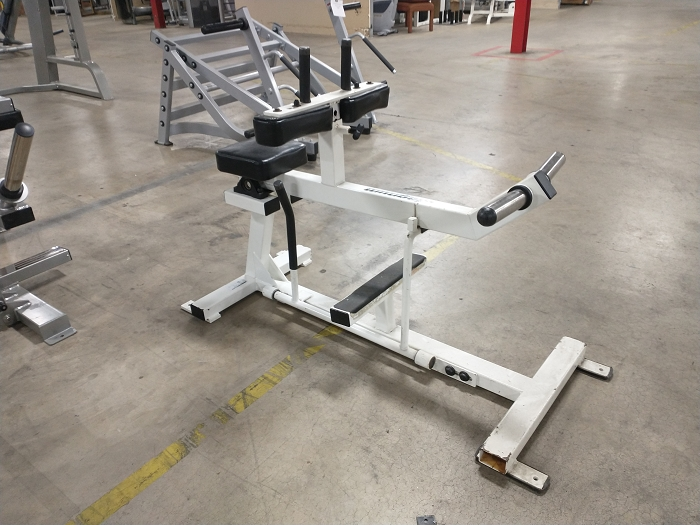 Magnum Seated Calf Machine - Used